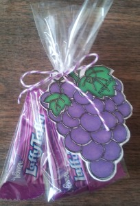 Treats in a cello bag with a diecut for the tag - EASY!!!